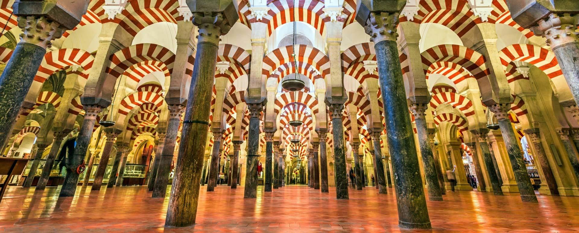 Convivencia de Las Tres Culturas en Al Andalus